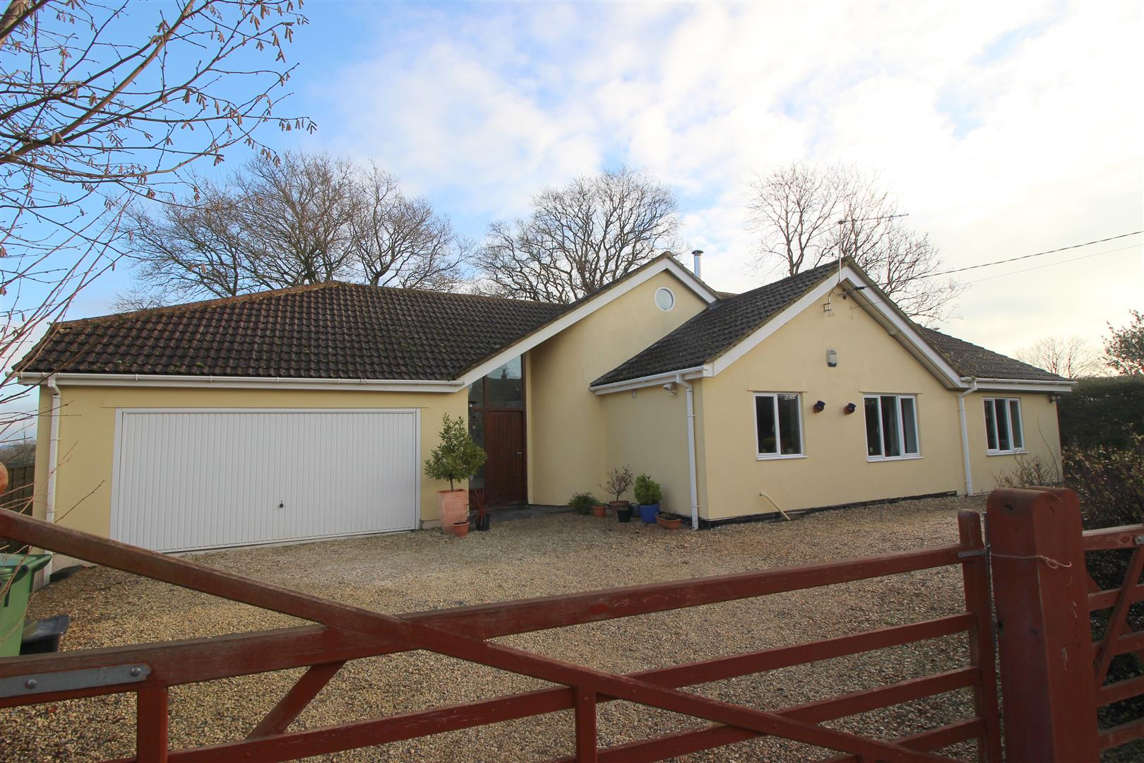 4 Bedrooms Detached House for sale in Startley, Wiltshire